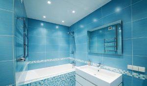 Потолок для ванной комнаты - какой лучше?