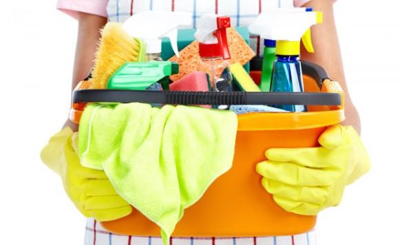 Средства для уборки натяжного матового потолка