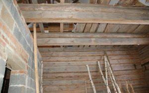 Монтаж чернового потолка настильным методом