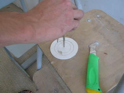 Кольца можно вырезать из тонкого пластика