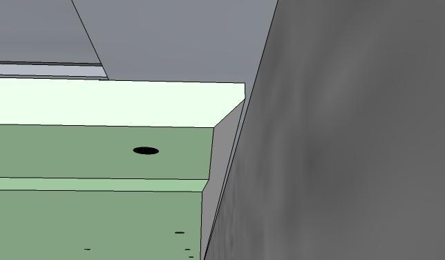 Резаные края, примыкающие к стене, тоже нужно разделывать