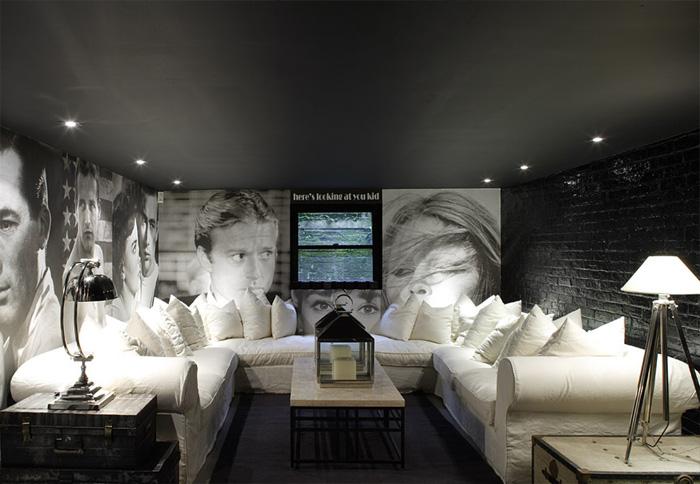 Черный матовый натяжной потолок фото