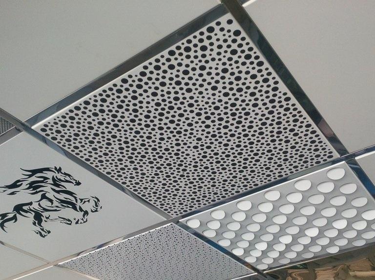 Кассетный потолок перфорированный