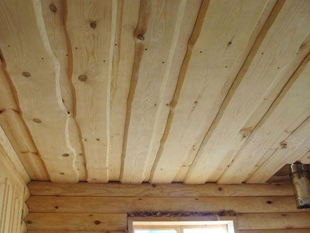Настильные потолки по стенам сруба