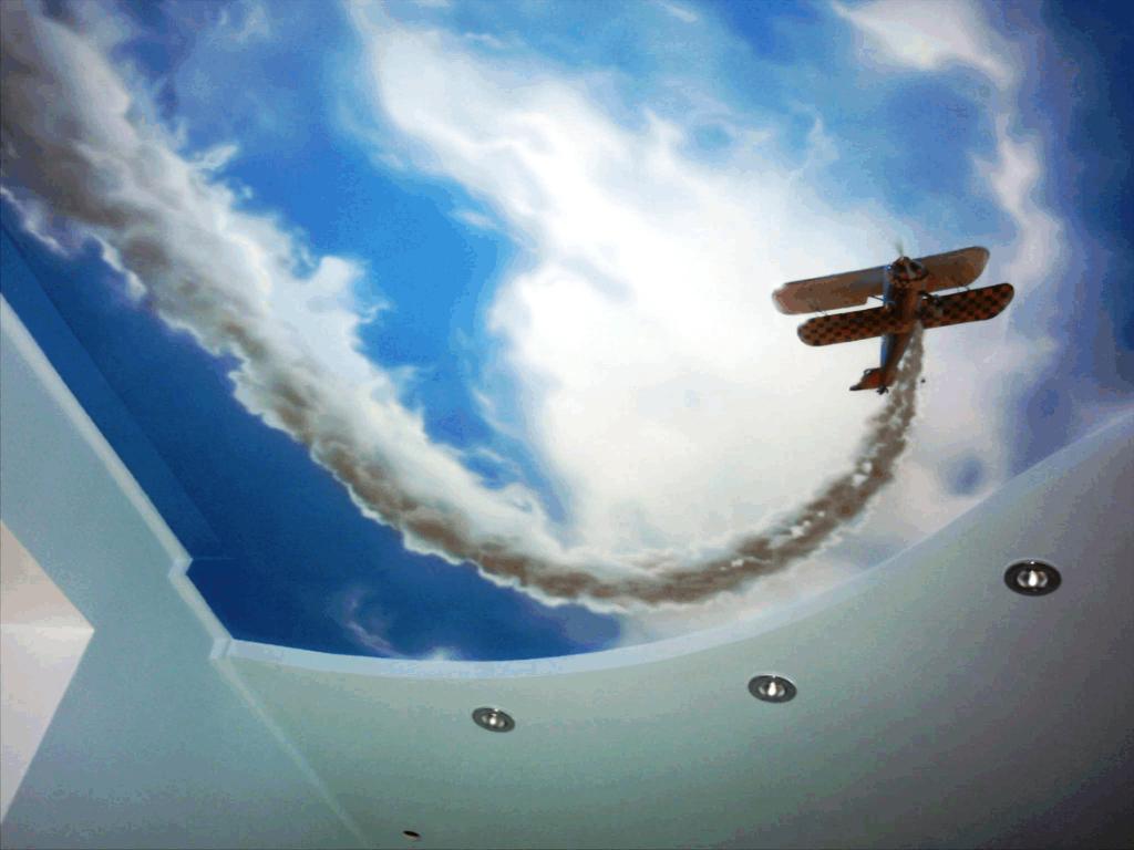 Натяжной потолок с изображением детского самолёта