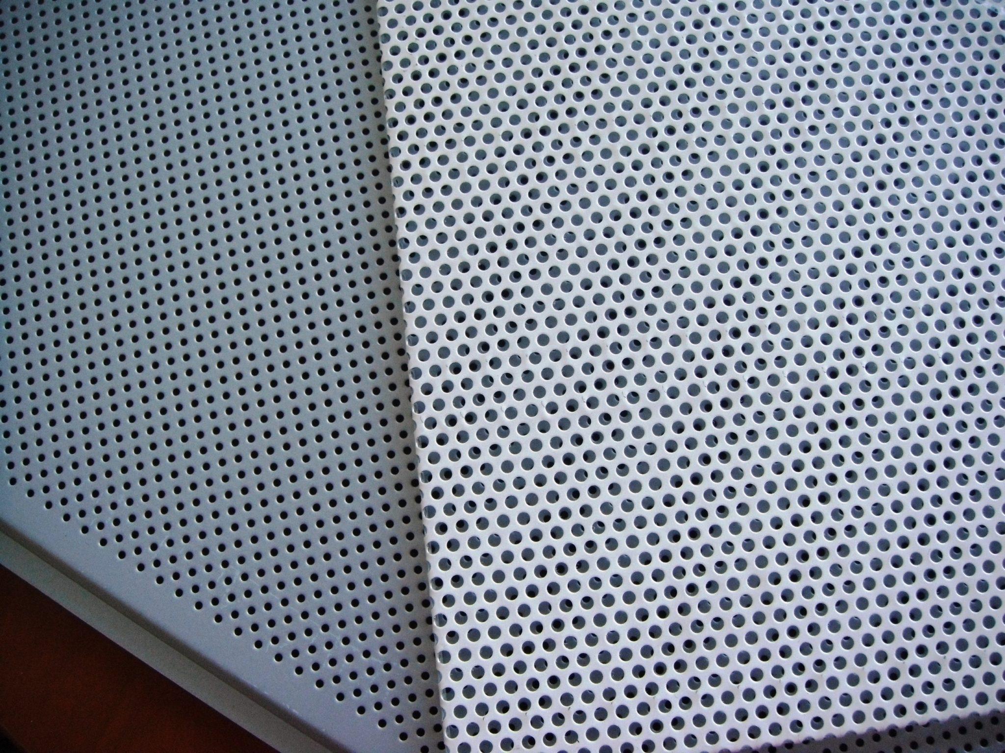 Плиты потолочные для подвесного потолка из тонколистовой стали 0,45мм с покрытием полиэстер