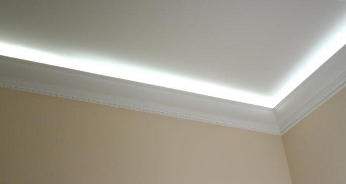 Подсветка натяжного потолка светодиодной лентой