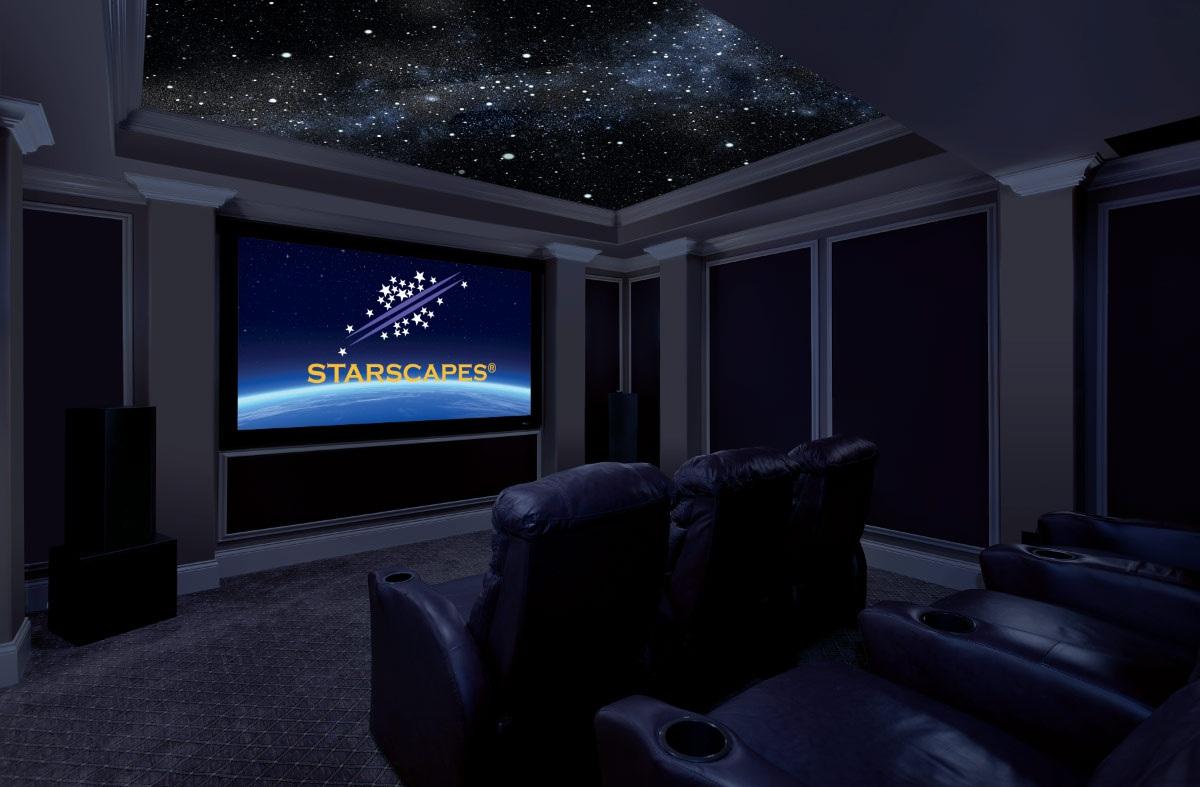 """Натяжной потолок """"Звездное небо"""" в домашнем кинотеатре"""