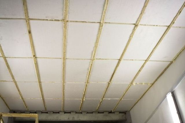 Утепление потолка гаража