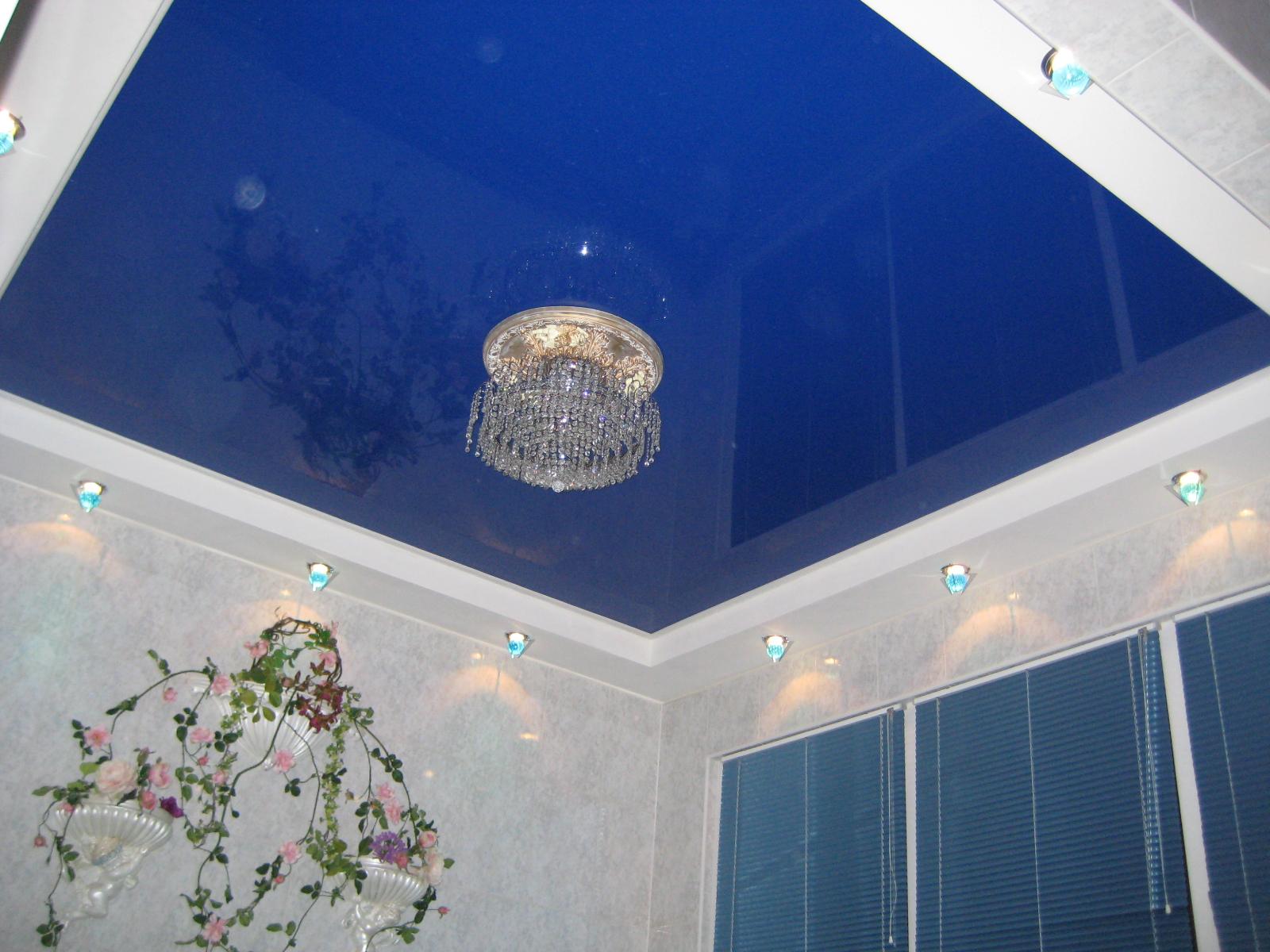 Натяжной потолок на основе ПВХ пленки