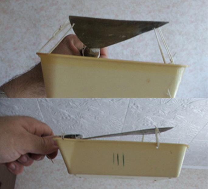 Удобное приспособление для удаления побелки с потолка