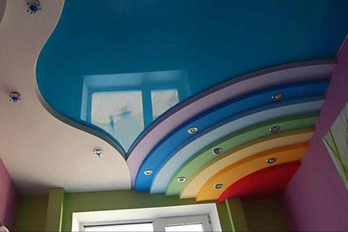 Еще один пример многоуровневого потолка