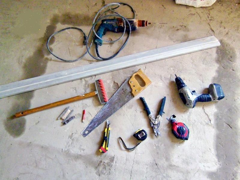 Инструменты для монтажа подвесного гипсокартонного потолка