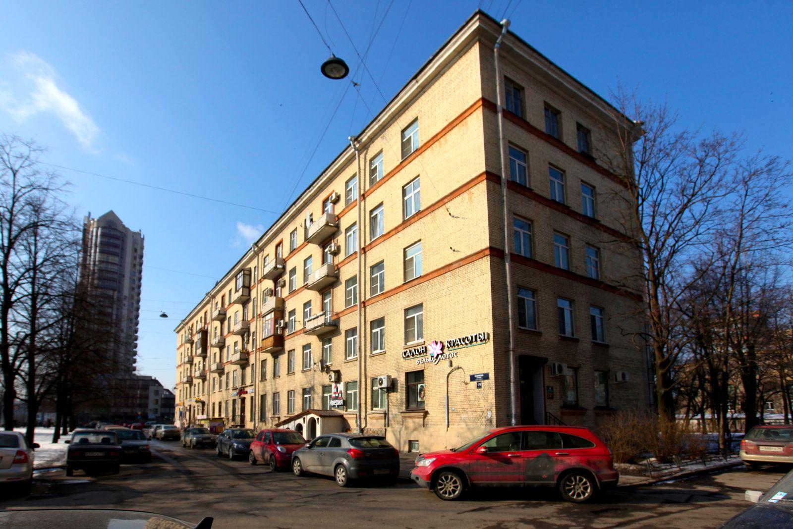 Дом сталинской постройки