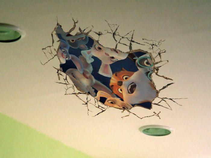 Наклейка на потолок в детской комнате
