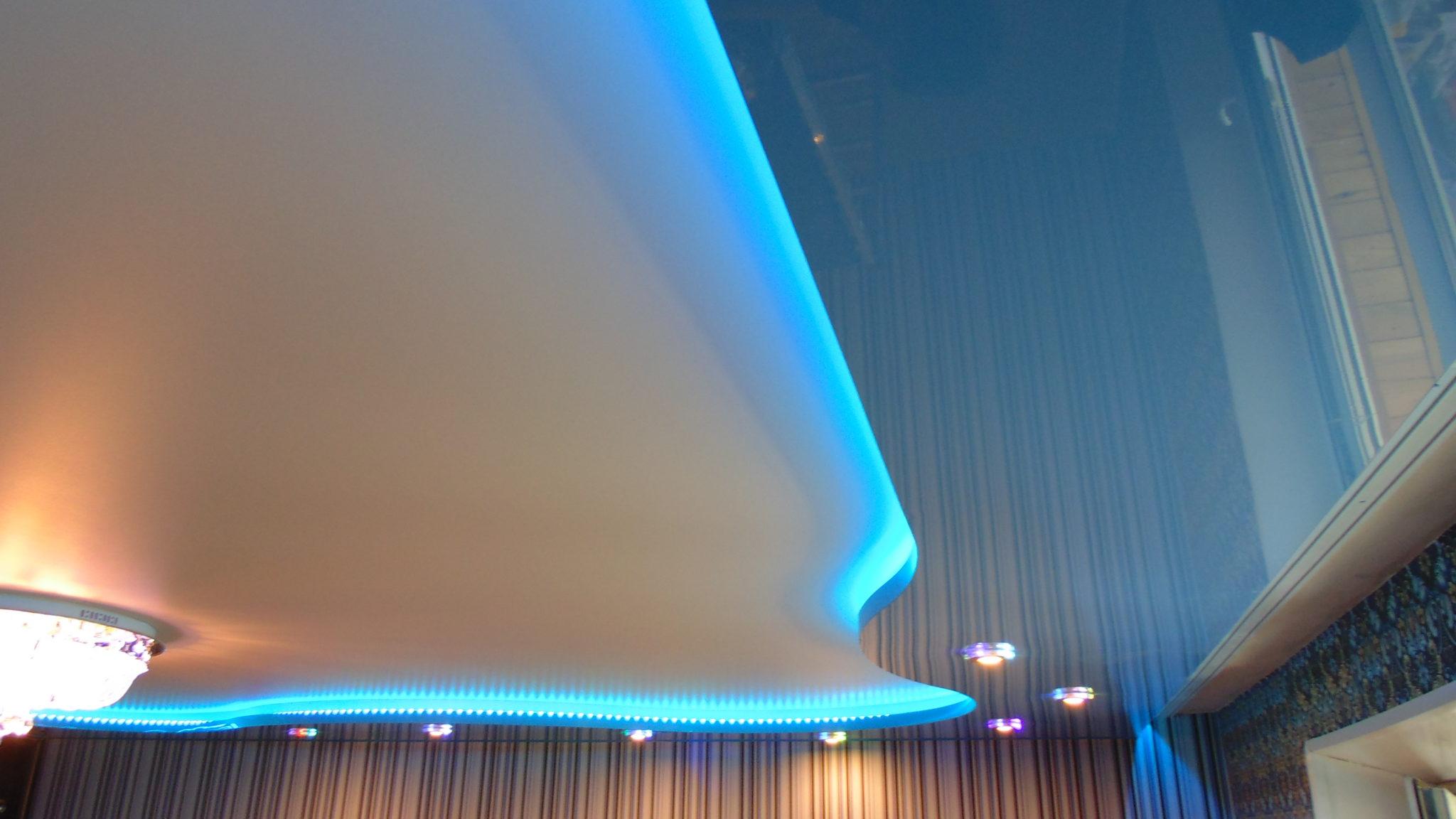 Пример натяжного парящего потолка 5
