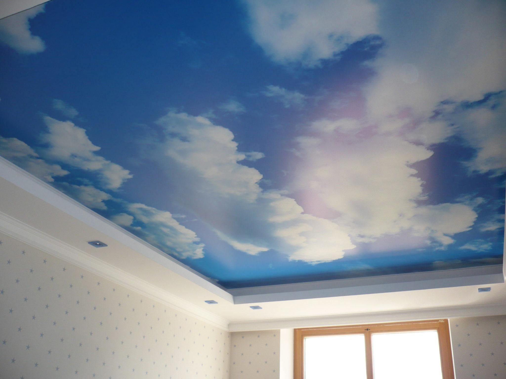 потолки натяжные с рисунком фото