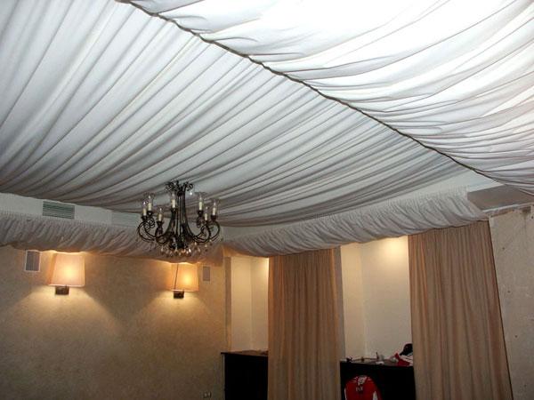 декоративна отделка потолка