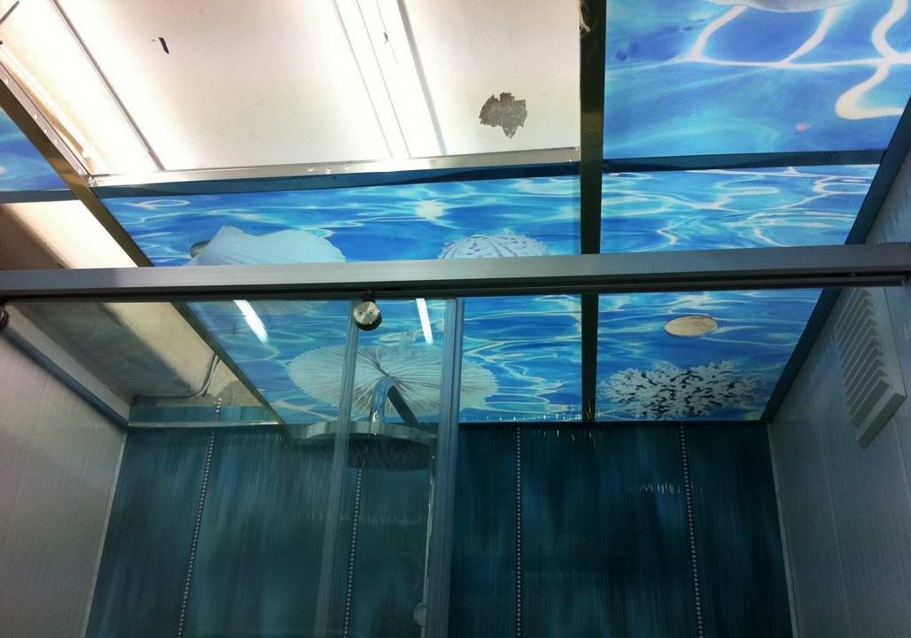 Фотопечать на стеклянном потолке
