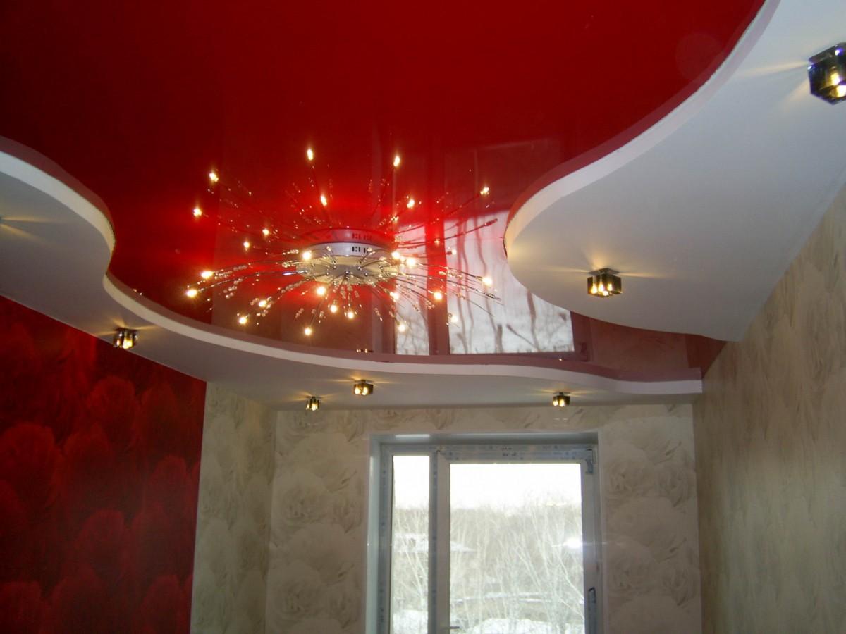 Глянцевый многоуровневый натяжной потолок