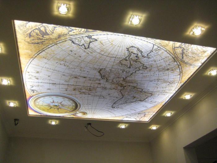 Интерьерная фотопечать позволяет украсить натяжной потолок практически любым изображением