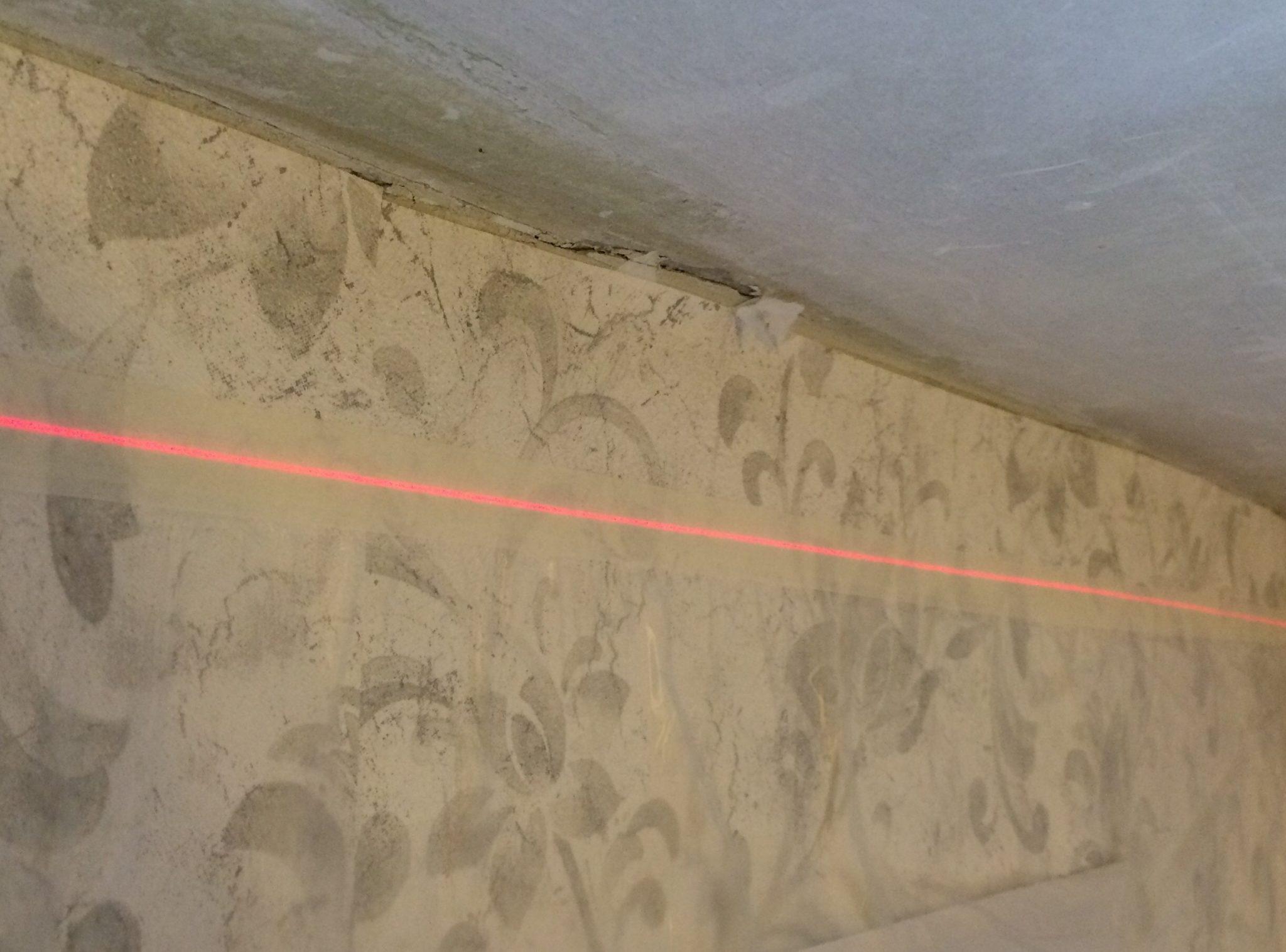 Линия лазерного уровня для крепления багета