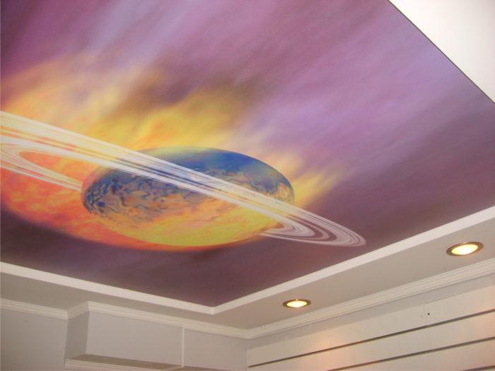 Матовый натяжной потолок с рисунком