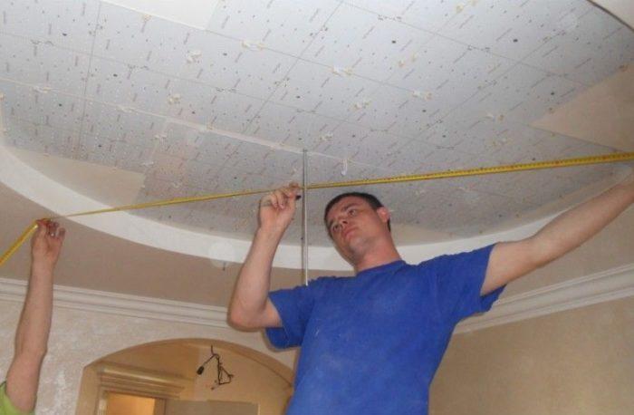 Монтаж светодиодной подсветки в нише потолка