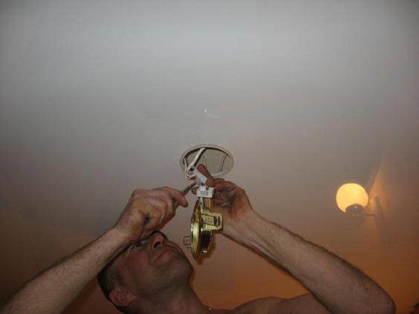 Подключение светильника