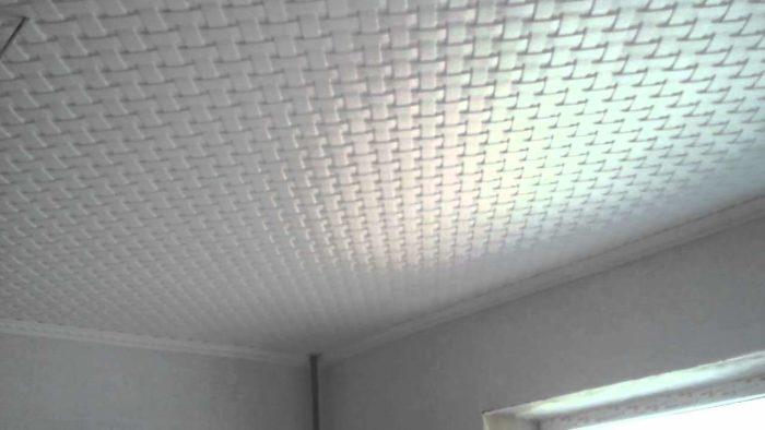 Полистироловая плитка, создающая эффект бесшовного цельного покрытия