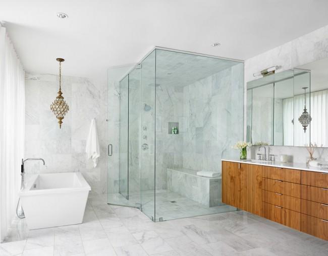 Ванная комната - это помещение с повышенной влажностью, поэтому осветительные приборы должны быть соответствующими