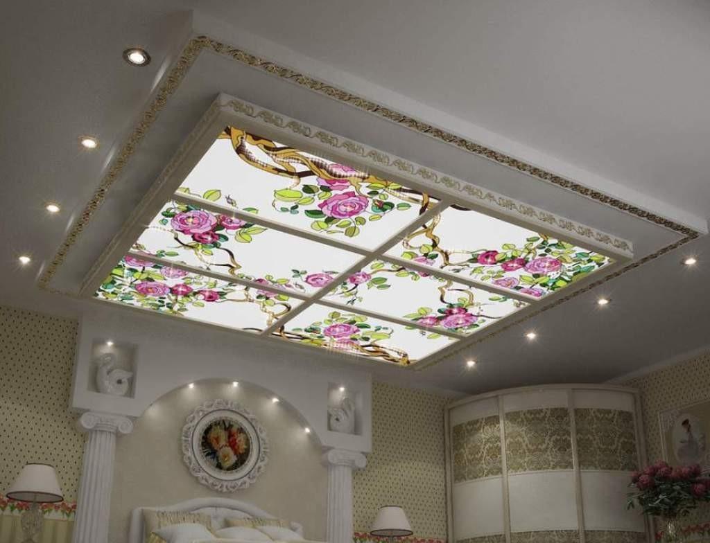 Витражный потолок в интерьере