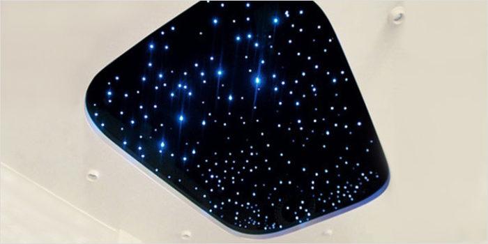 Звездное небо на светодиодах применяется на гипсокартонном подвесном потолке