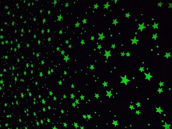 Светящиеся наклейки на потолок